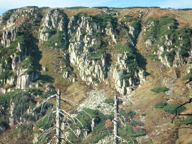 A rocky slope above the Small...