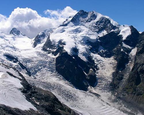 Piz Bernina (4048m) and its...