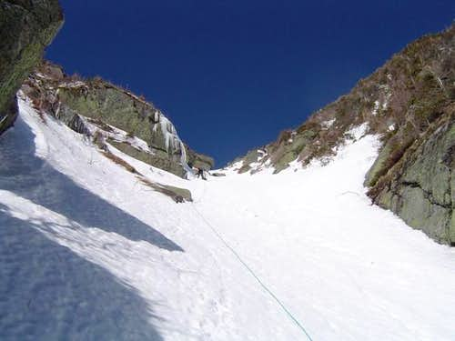The upper snow gully on Wait...