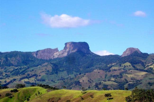 Pedra do Bau at center and...