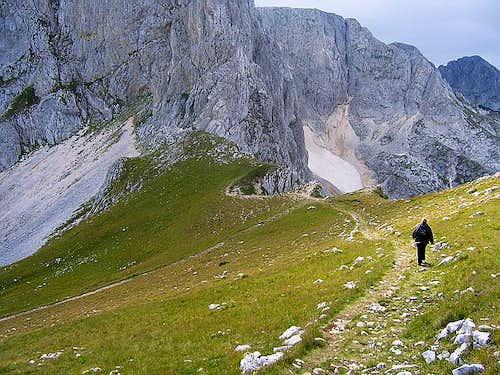 Savin Kuk descent
