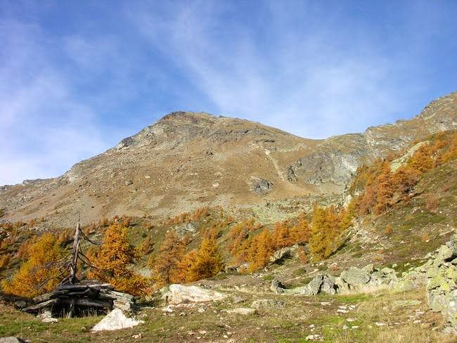 South side of becca di Viou...
