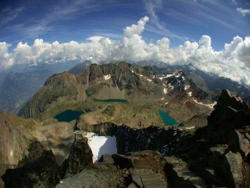 From Emilius' edge. NE ridge...