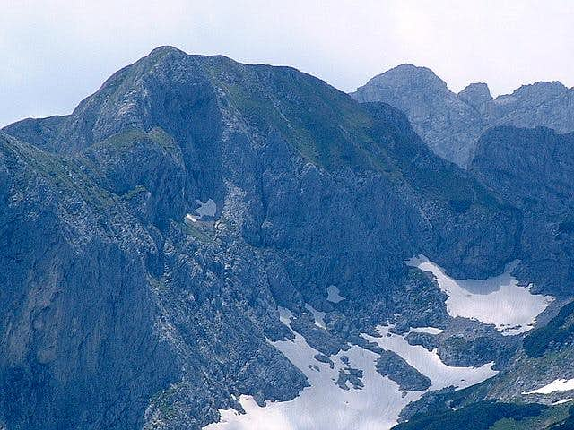 NW face of Rbatina (2401 m)...
