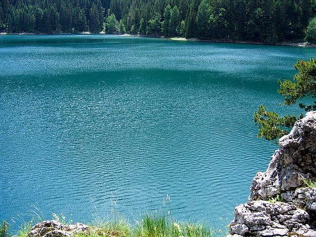 Emerald pure water of Crno...