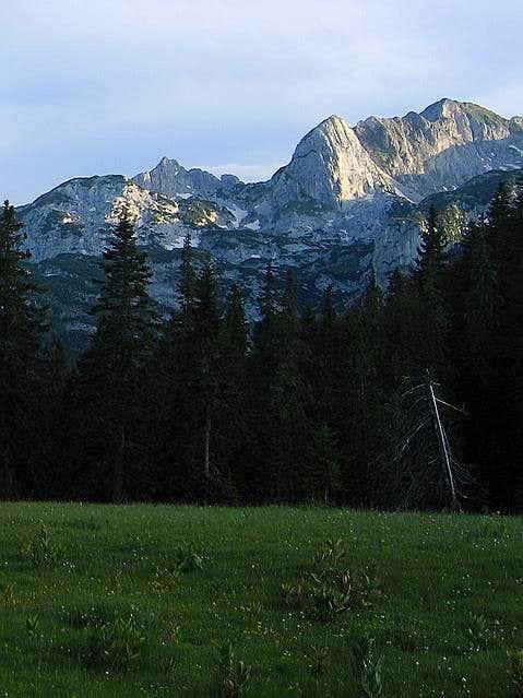 Rbatina (2401 m) on the...