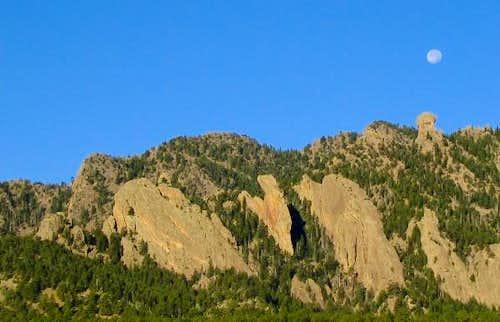 The south ridge of Bear Peak...