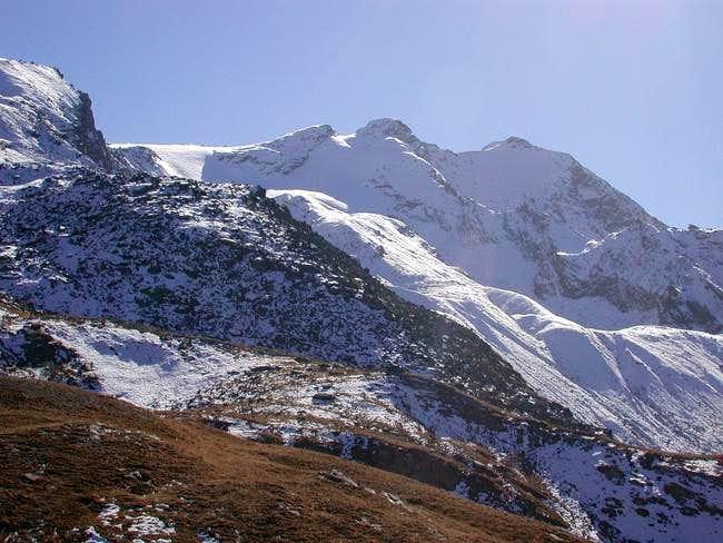 Cima di Entrelor (3430 m),...