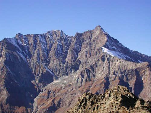 Grande Rousse South (3577 m)...