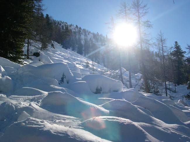 climbing towards Testa di...