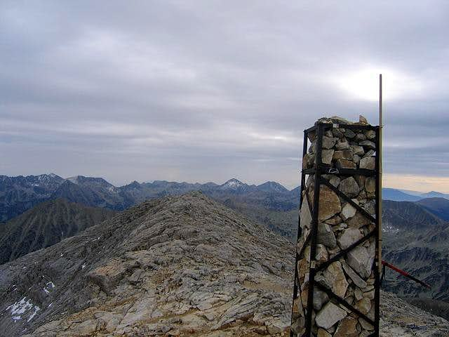 Vihren (2914 m) E summit...