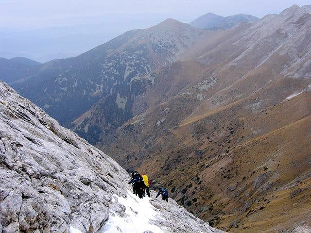 Descend from Vihren (2914 m)...