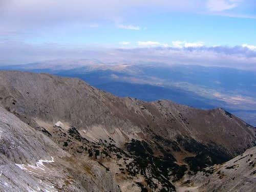 Kutelo (2908 m) NW summit...