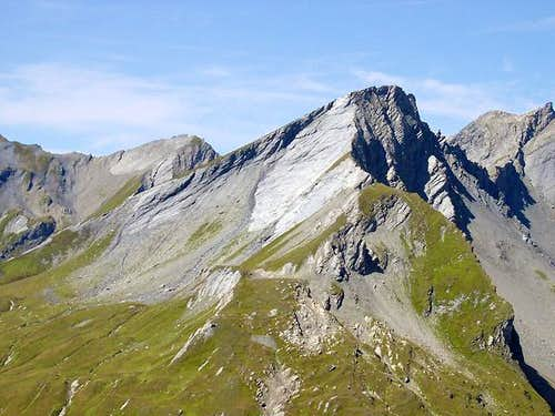 The rocky side of Lancebranlette <i>2927m</i> viewed from east (Monte Belvedere <i>2642m</i>)