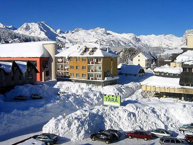 Alpine winter scenery of Zabljak