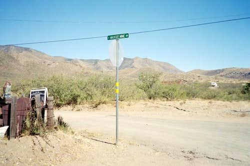 The turnoff to Mascot Canyon.
