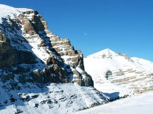 Hidden Peak\'s rugged...