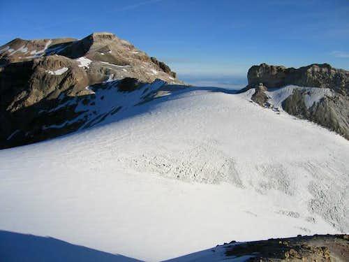 Top of Ayoloco Glacier on...