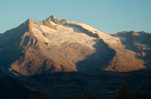 Aletschorn group at sunrise....