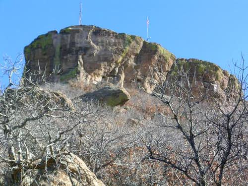 The NNE aspect of the cliffs....