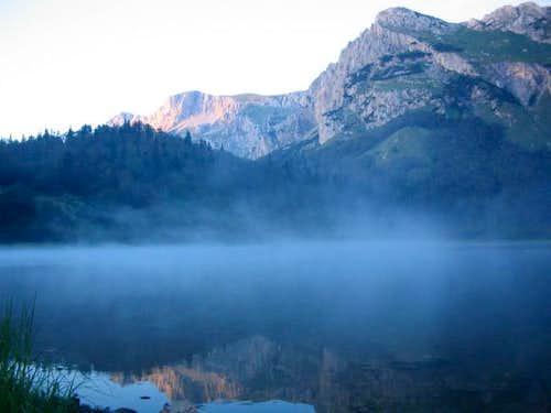 Trnovacko lake after the rain...