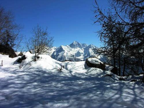 Mont Emilius (3559 m) view...