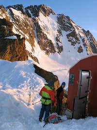The Oggioni hutte at 3150 m...