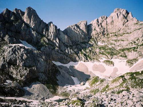 Lucin Vrh (2396 m) on left...