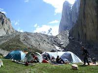 Amin Brakk - The base camp,...