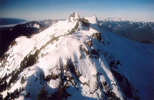 The two west summits (6,220...