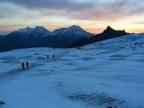 Crossing the Fee glacier....