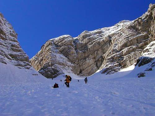 Descending very steep, in...