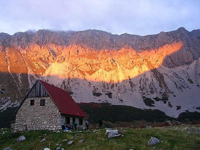 Skrka Hut & Planinica sunset