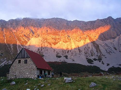 Skrka Hut & Planinica sunset