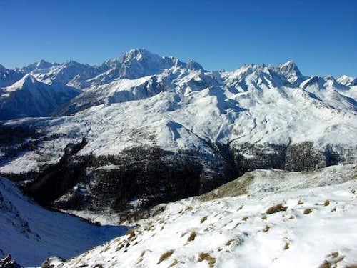 Il massiccio del Monte Bianco...