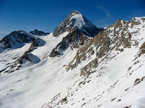 Gran Zebru seen from south west