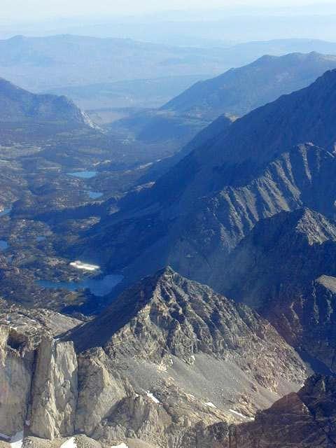 Pyramid Peak (Little Lakes Valley)