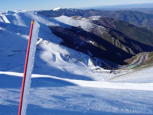 The ski slopes of Valdezcaray...