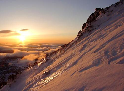 Sunrise from Mount Rainier s...