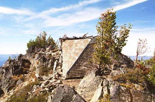 The old lookout on the summit...