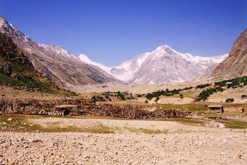 View to the Western end of the Rupal Valley