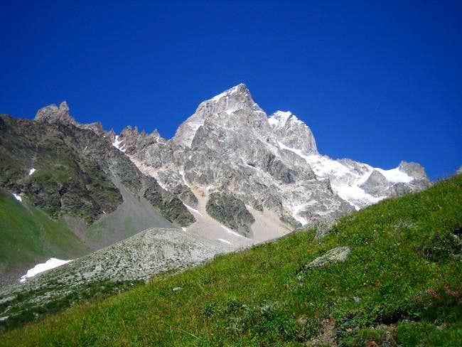 Ushba from the Gul glacier...