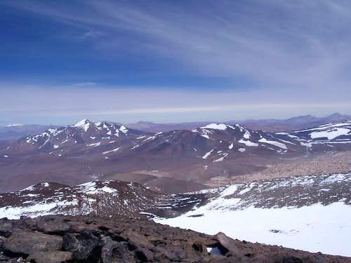Cerro Veladero to the left...