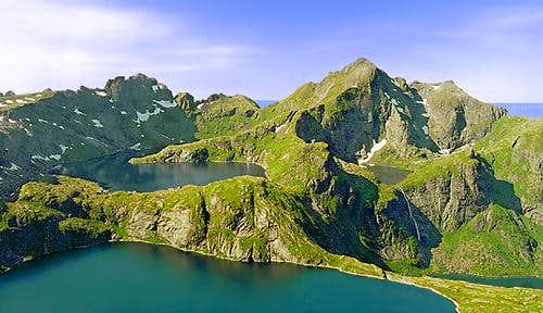"""The Clearest Day I\'ve Ever Seen"" in the Lofoten Islands"