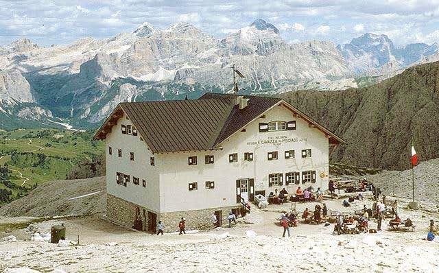 The Pisciadu Hut