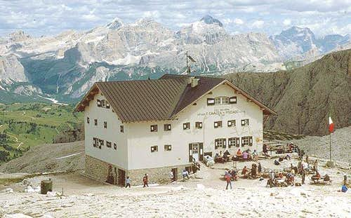 The Pisciadu Hut
