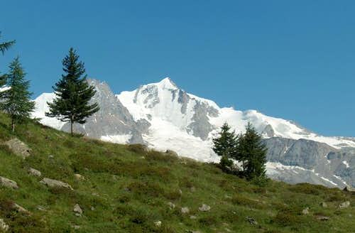 north side of gran paradiso