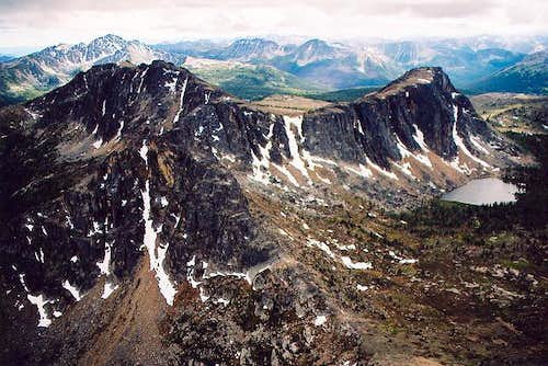 Amphitheater Mountain