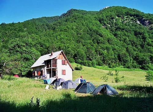 Grbaja Hut in Grbaja Valley...