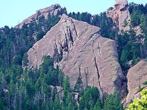 http://images.summitpost.org/medium/144612.jpg